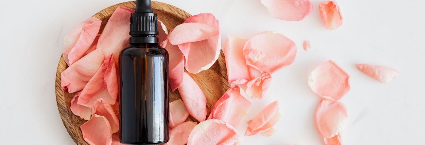 Les huiles essentielles pour une belle silhouette estivale